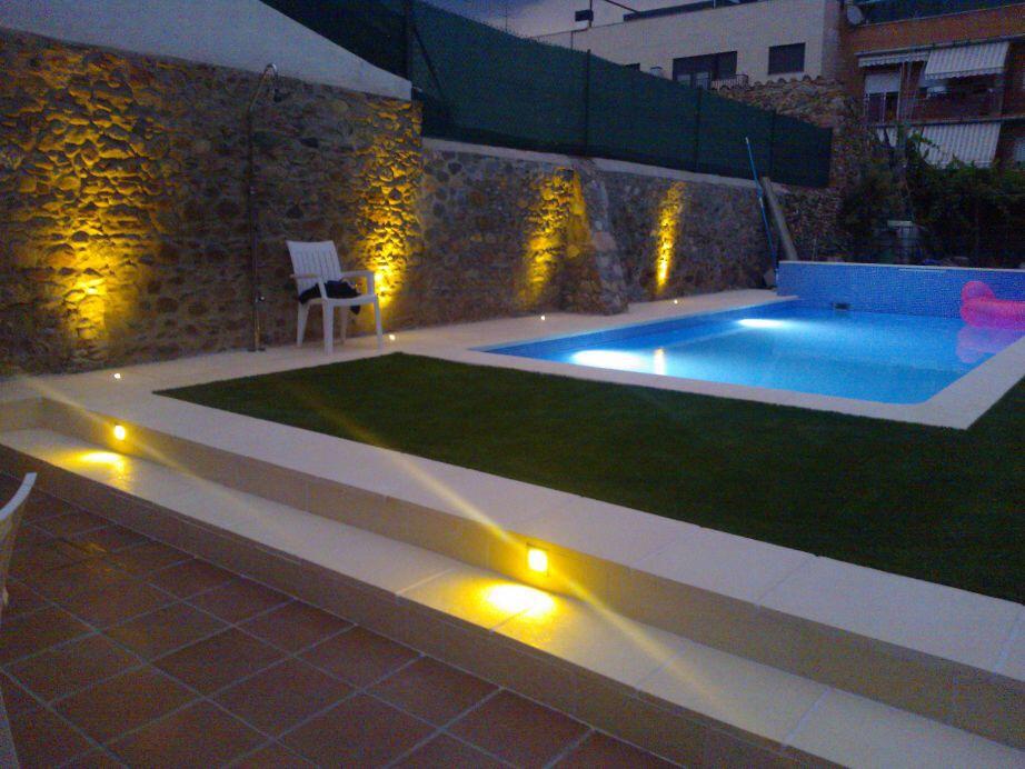 Sistema de limpieza autom tico para su piscina piscinas aop for Como hacer una piscina de obra barata